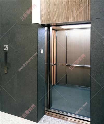 银色电梯万博意甲网装饰案例2